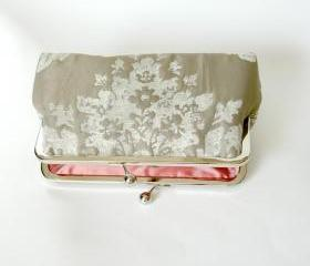 Silk Lined Grey Textured Damask Frame Kisslock Clutch