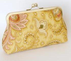 Silk Lined Floral Frame Kisslock Clutch