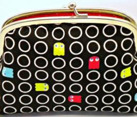Retro coin purse, 80s pacman arcade game frame wallet black and red polka dots - geek