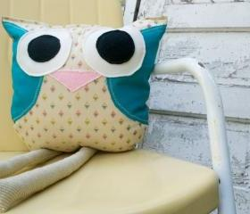 Percy, an Owl Pillow