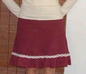 Organic Ruffle skirt trimmed with organic cotton lace handmade from organic cotton and hemp jersey