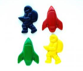 Outer Space Party Favors - Package of 12 Rocket Ship Astronaut Shaped Crayons
