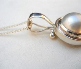 pearl necklace pearl pendant mabe pearl necklace