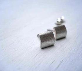 Modern contemporary studs earrings - Free Shipping