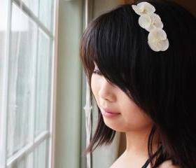 Silk White Hydrangea, Hydrangea hair clip, white bridal hair clip, wedding hair, flower hair