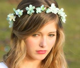 Bridal Flower hair, wedding accessories, wedding headpiece, head wreath in seafoam, hair accessories, bridal, flower girl