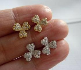 clover stud earrings-clover studs-clover diamond cz stud earrings-tiny flower studs-gold clover earrings-silver clover studs
