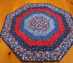 Table Topper July Celebration