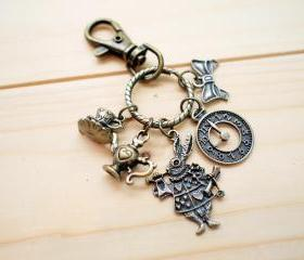 Charm Keychain, Alice in Wonderland