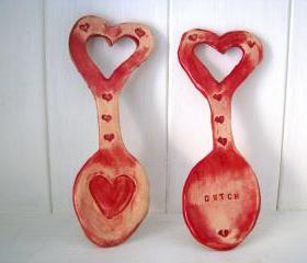 Heart ceramic Lovespoon. Handmade in Wales, UK. Ready to ship.