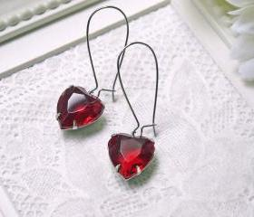 Sale. Vintage Ruby Red Glass Jewel Earrings. Heart Shape. Romantic. Love