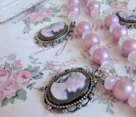 Romantic Victorian style pink necklace, cameo, Romantic Jewelry, vintage style