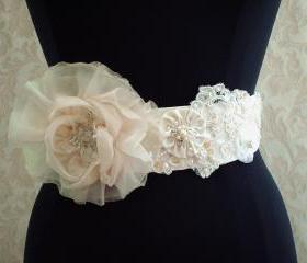 Ivory Bridal Sash Belt / Vintage Ivory Lace, Satin, Organza, Illusion Tulle, Vintage Lace Bridal Sash