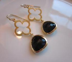 Black Earrings Gold Clover Connectors - Bridesmaid Earrings - Bridal Earrings - Wedding Earrings