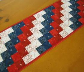 Quilted Table Runner Patriotic