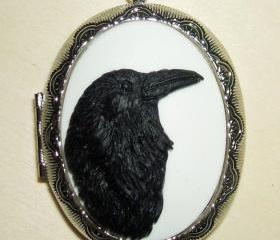 BLACK RAVEN Cameo Locket Necklace Regal Black Bird