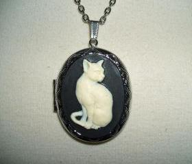 CAT CAMEO Necklace Locket Pendant Ivory Color Cat On a Black Background