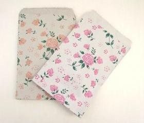 L Size 2 colors pink and coral 19 cmX13cm Set of 30 vintage flower printed flat paper gift bags gift wrap