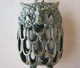 1PC - Antique Brass Owl Pendant - Zinc Alloy - 45mm - Jewelry Findings by ZARDENIA