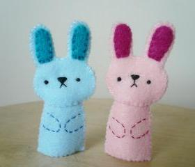 Handmade Finger Puppets - Pink bunny and blue bunny