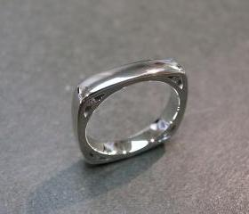 Diamond Wedding Ring in 14K White Gold