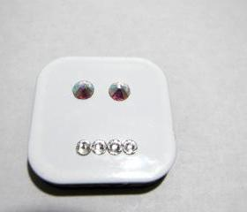 Magnet - White Square Magnet w/a Straight, Lame Face made w/Swarovski Crystals