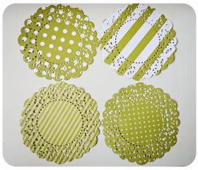 4 Parisian Lace Doily green polka dot & stripe / pack 