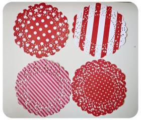 4 Parisian Lace Doily red polka dot & stripe / pack 