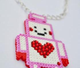 Little robot necklace