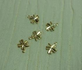 Gold 4 Leaf Clover Shamrock Charms