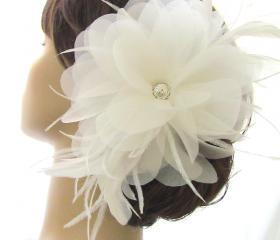 Loren Bridal Hair Accessory Flower Clip