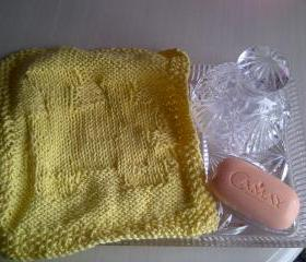 Cotton Soft Wash Cloth in Lemon with a train - Ideal for Baby or Childs Bathtime - Knitted in Scotland