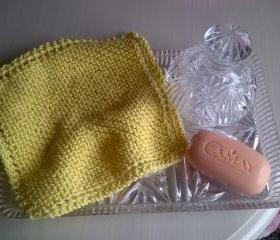Lemon Wash or Dish Cloth - 100% Cotton - Hand - Knitted in Scotland