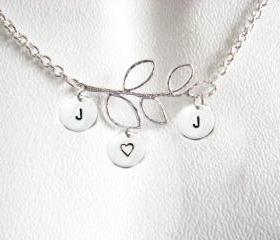 3 Initial Leaf Necklace Personalized Hand Stamped Pendant Chain Jewelry choice aluminum brass bronze