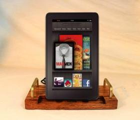 Kindle Fire - eReader - Charger and Sync Station - Oak - DELUXE - Brass style V1 Kindle Dock Touch