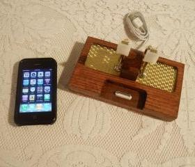 iPhone - iPod Dock -Charger and Sync Station - Oak - Brass style V1- Deluxe - Gold Engine Turned
