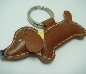 Copper the dachshund Leather Keychain ( Dark Brown )