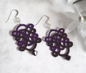 Gothic Celtic Earrings in Tatting