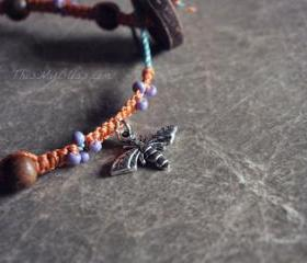 Bee & flower macrame bracelet - sweet & simple