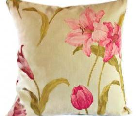 Vintage Crowson reversible cotton sateen fabric cushion cover in cream and pink with zip fastening 45cm