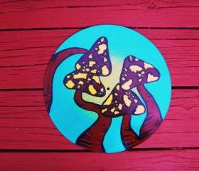 Trippy Mushroom Painting. Recycled Record Art