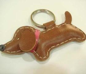 Copper the dachshund Leather Keychain ( Dark Brown / Pink collar )