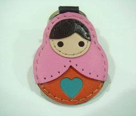 Lisa the Russian Doll leather keychain ( Pink )