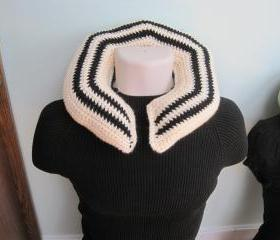 Crochet Neck Pillow - Large Size - Cream/Black -CNP2