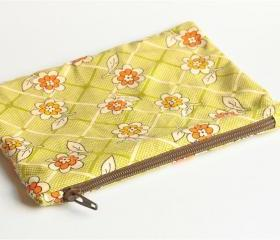 Zipper Pouch - Floral Over Green Checks