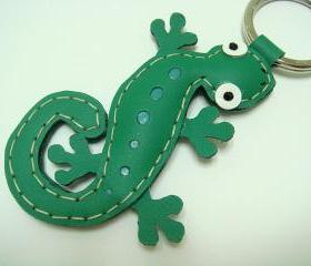 Joshua the Gecko leather keychain ( Green )