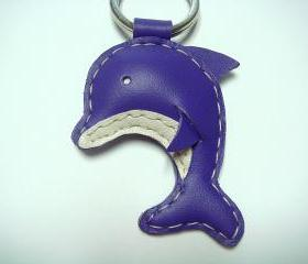Rachael the Dolphin leather keychain ( Purple )