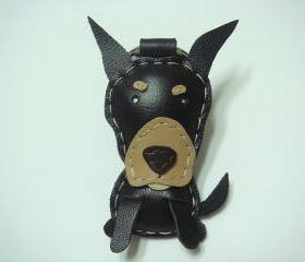 Logan the Doberman Pinshcer leather charm ( Black )
