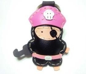 Hez the Pirate Leather Keychain ( Black / Pink )