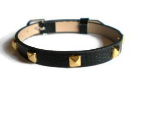 Gold Studded Leather Bracelet - 5mm Gold Tone Pyramid Studs - 8mm Black Strap - Adjustable